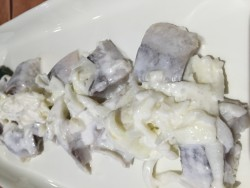 Herring with onions and Apple